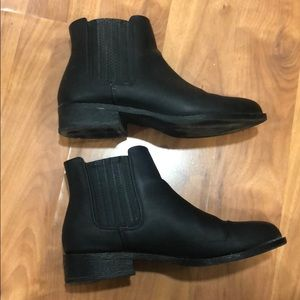 Forever 21 Shoes - Short booties